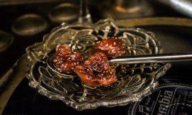 Αποξηραμένα σύκα με σιρόπι brandy σαν γλυκό κουταλιού