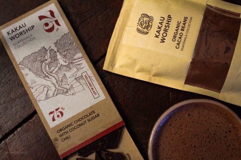 KAKAU WORSHIP – Στο Παγκράτι για πολύ (μα πάρα πολύ) σοβαρή ελληνική σοκολάτα